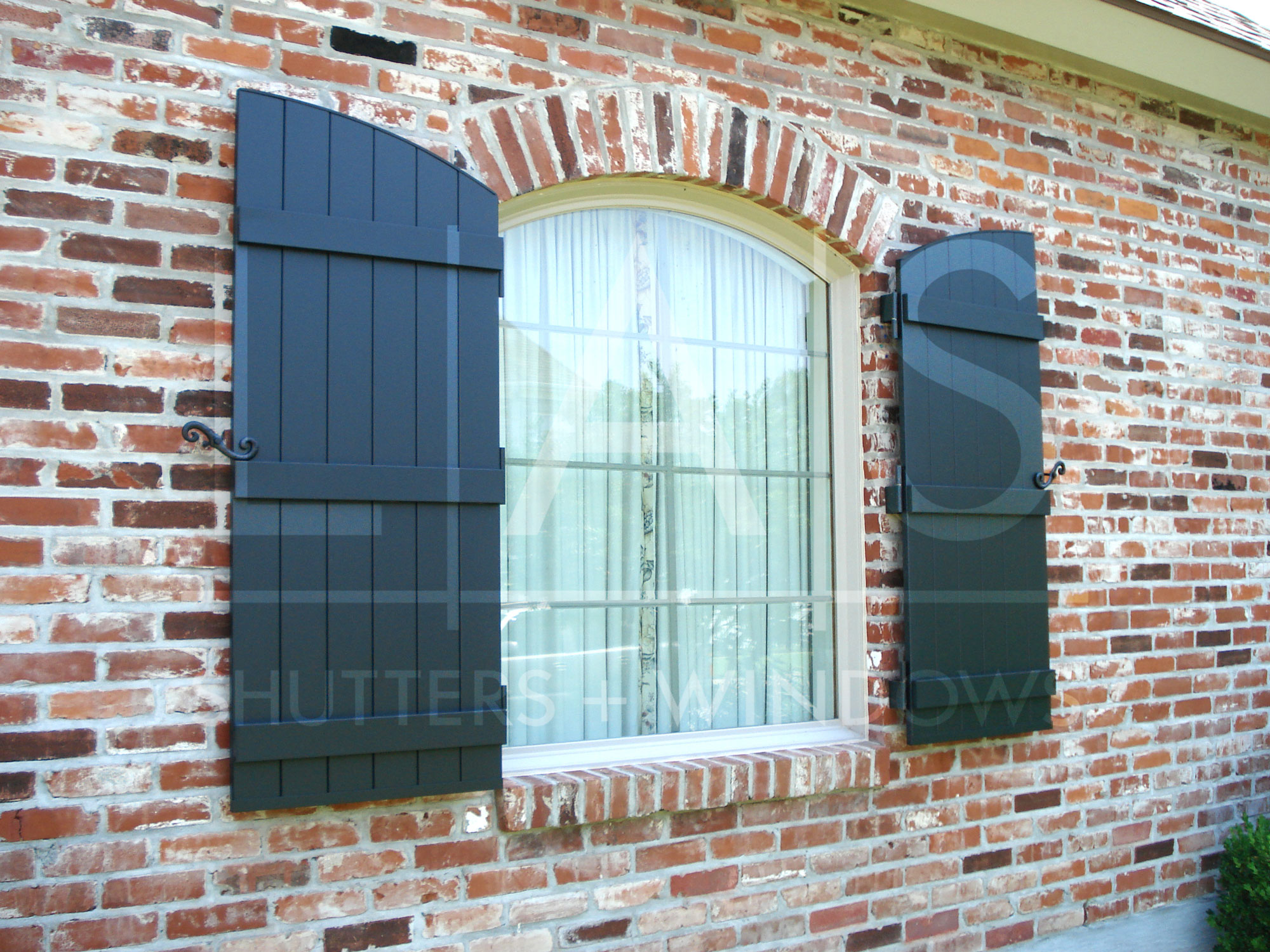 Impact Shutters Vs Wind Rated Shutters Las Home