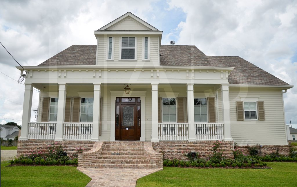 How To Add Curb Appeal With Windows And Siding
