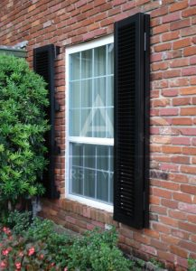 ' ' from the web at 'https://lashome.com/wp-content/uploads/LAS-Single-Hung-Windows-2-1-217x300.jpg'