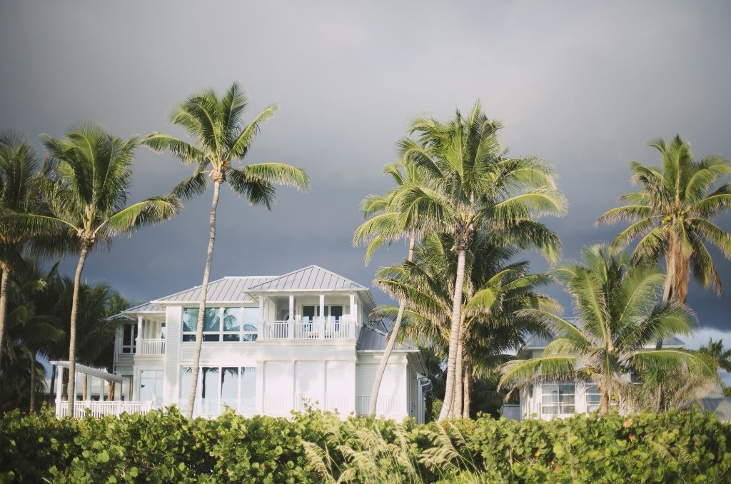How to Buy the Best Hurricane Shutters