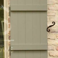 LAS Shutter Style Colonial Interior S-hooks